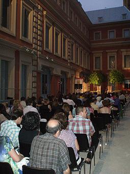 Javier Conde agotó las localidades para su concierto en el Museo Lázaro