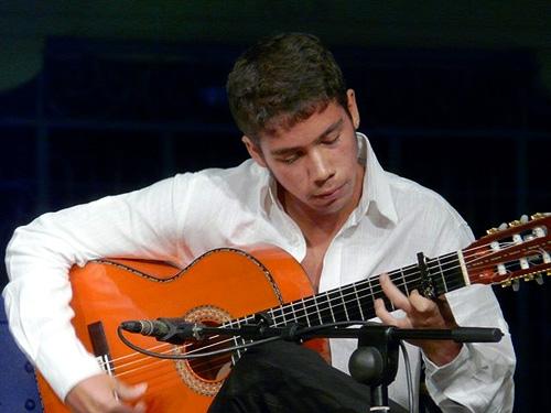 Concierto flamenco de David Caro en el jardín del Museo Lázaro Galdiano (Serrano 122 (Madrid)). 6 julio de 2012