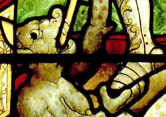 Detalle de demonio en la vidriera del Museo Lázaro Galdiano