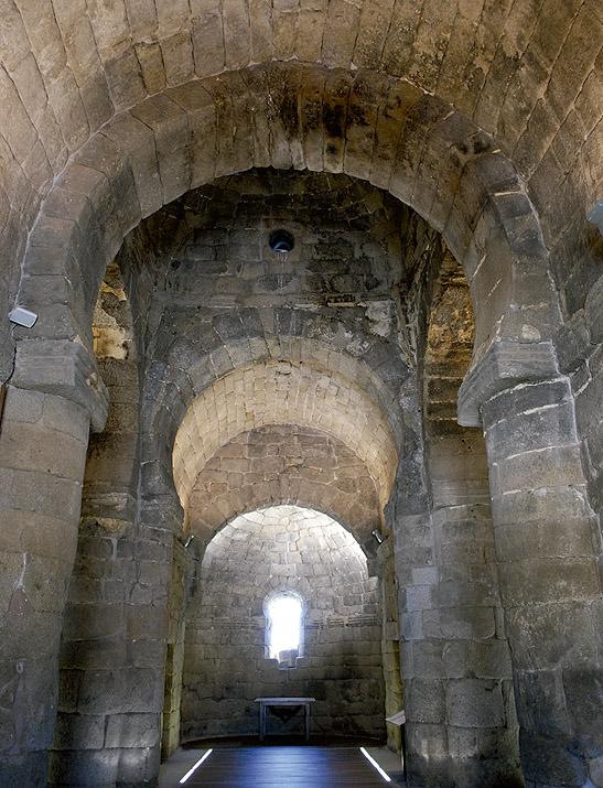 Interior de la iglesia de Santa María de Melque