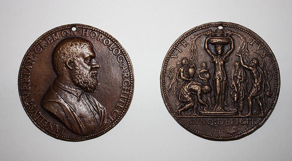 Reproducción de la medalla del Museo Lázaro Galdiano por la Fundación Juanelo Turriano