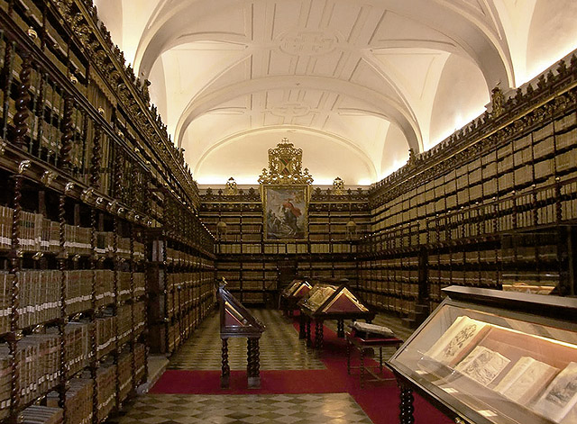 Colegio Mayor de Santa Cruz, Valladolid. Interior de la Biblioteca en la actualidad. (Fotografía de José Renato Cella)