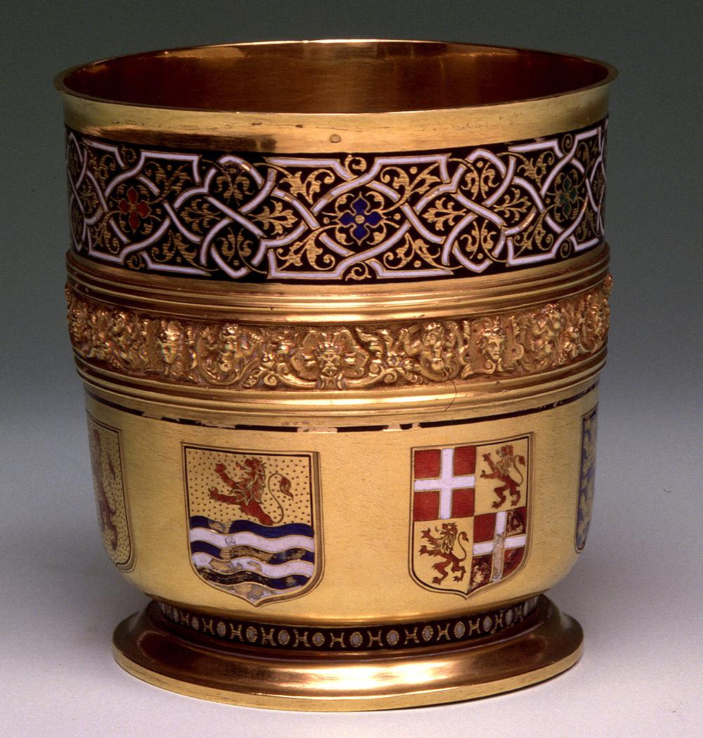 Vaso. Flandes, 1596-1599. Oro y esmalte