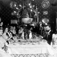 """Historia de los banquetes y de las """"buenas maneras"""""""