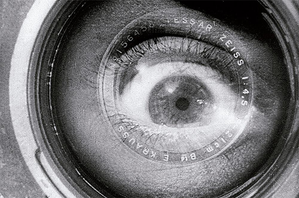 """""""El hombre de la cámara"""" (""""Chelovek s kino-apparatom"""", Dziga Vertov, 1929)."""