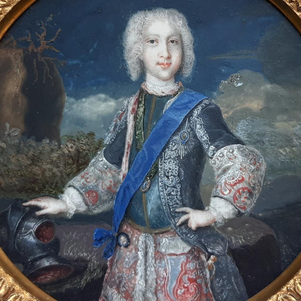 """Detalle del retrato del príncipe Carlos Eduardo Estuardo, el """"Joven pretendiente"""". Miniatura del Museo Lázaro Galdiano"""